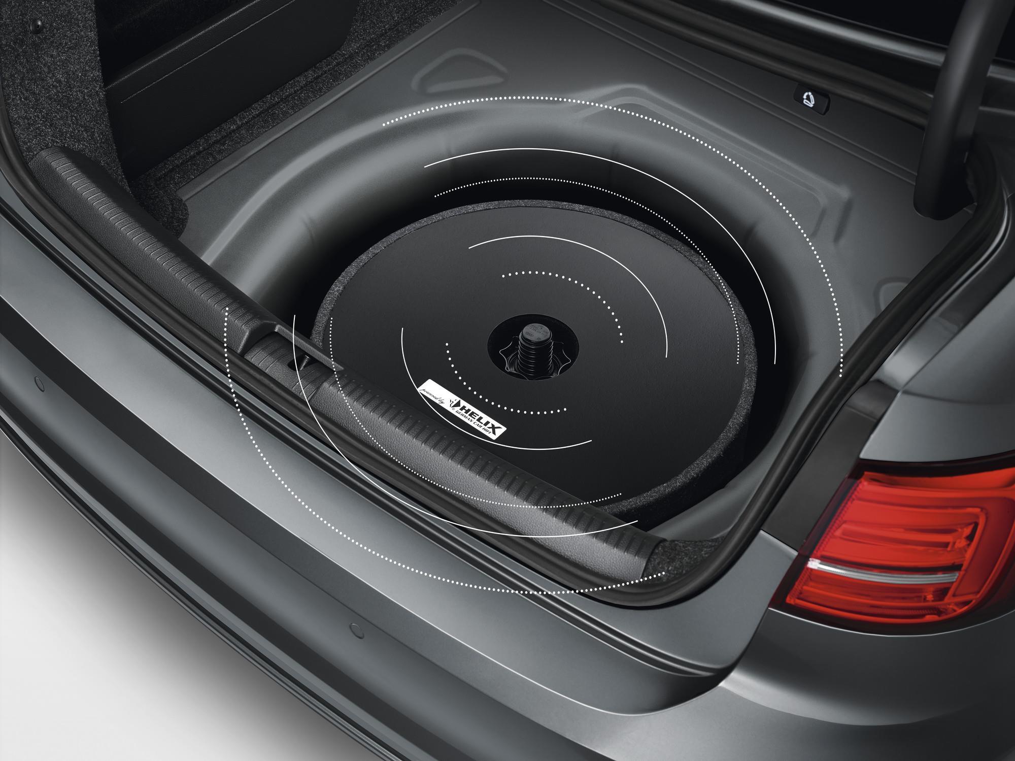 2017 Volkswagen Tiguan Spare Tire Mount Subwoofer / Soundbox. Communication, Models, DSP ...