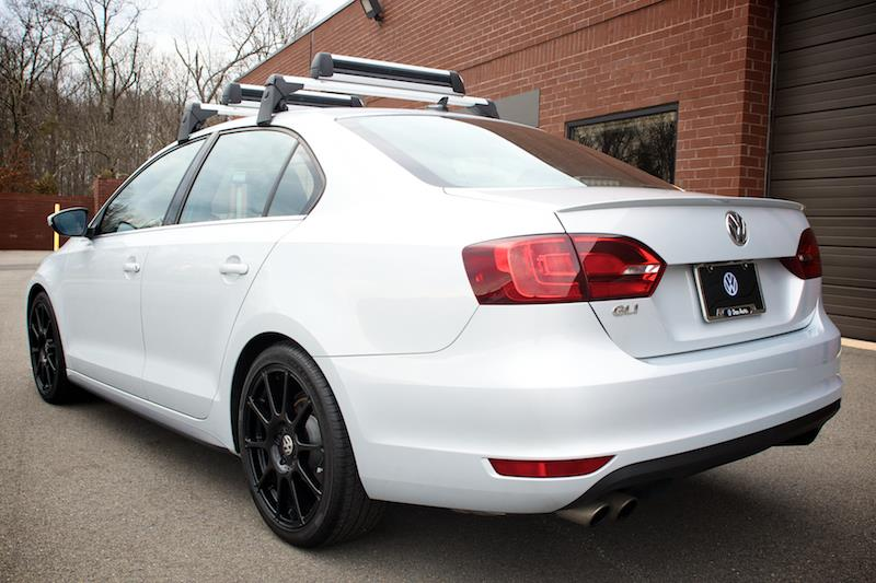 2015 Volkswagen Jetta Base Carrier Bars  Silver